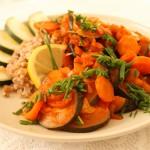 Cukinia duszona z marchewką, imbirem i cytryną
