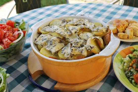 Zapiekanka ziemniaczana ze szpinakiem z serem Lazur