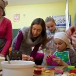 Warsztaty wypieku i dekoracji świątecznych słodkości w Ostrowach