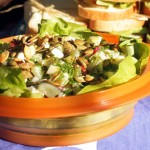 Sałatka ziemniaczana z fetą, ogórkami małosolnymi i rzodkiewką