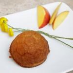 Muffinki cytrynowe z masą krówkową i owocami