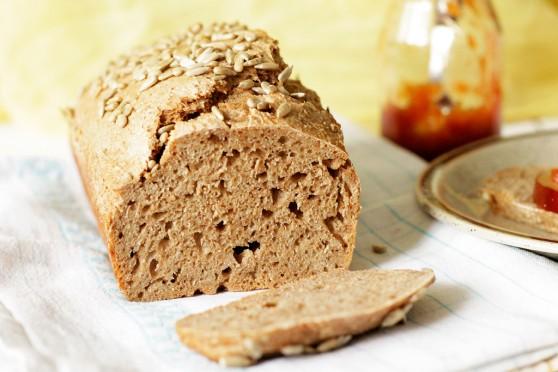 Chleb-orkiszowy-na-zakwasie