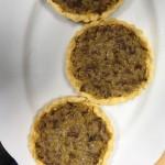 Kapusta z grzybami w zapiekance ziemniaczanej i tartaletkach