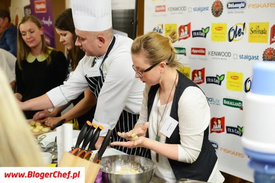 Warsztaty kuchni śląskiej - przygotowywanie klusek śląskich.