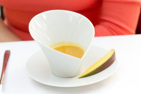 Krem z mango z imbirem