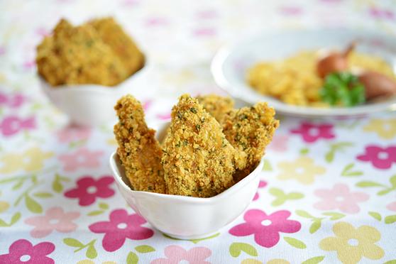 Pieczone nuggetsy w panierce z płatków kukurydzianych