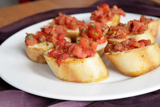 Bruschetta z pomidorami