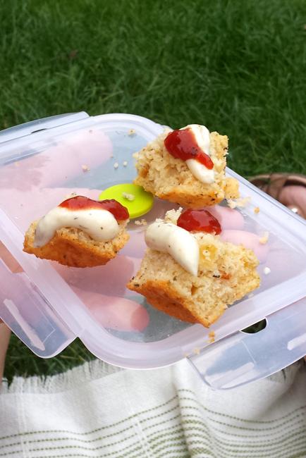 Muffinki z serem i suszonymi pomidorami
