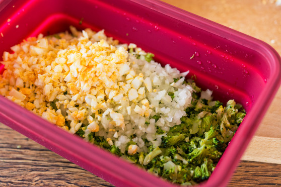 Jajka faszerowane z brokułami (2)