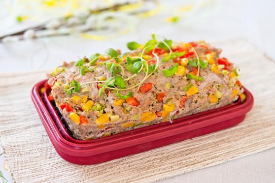 Pasztet z warzywami i jajkiem a'la pieczeń rzymska (z mikrofalówki) (5)
