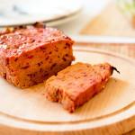 Lekki pasztet mięsny z buraczkami