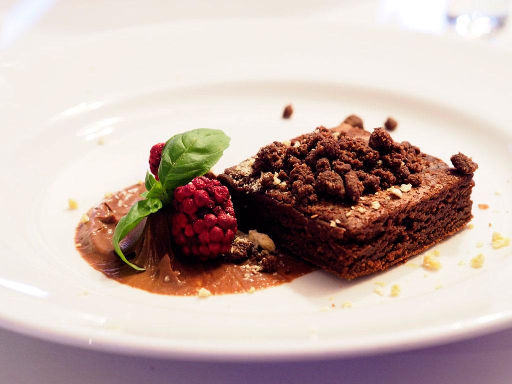 Rewelacyjne brownie Marcina Budynka
