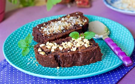 ciasto-czekoladowe-z-cukinia_a220108-b