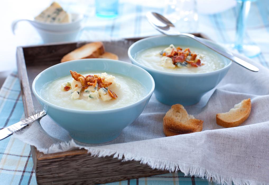 Zupa krem z dodatkiem koziego sera
