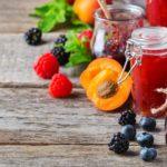 Jak wykorzystać w kuchni przetwory z owoców?
